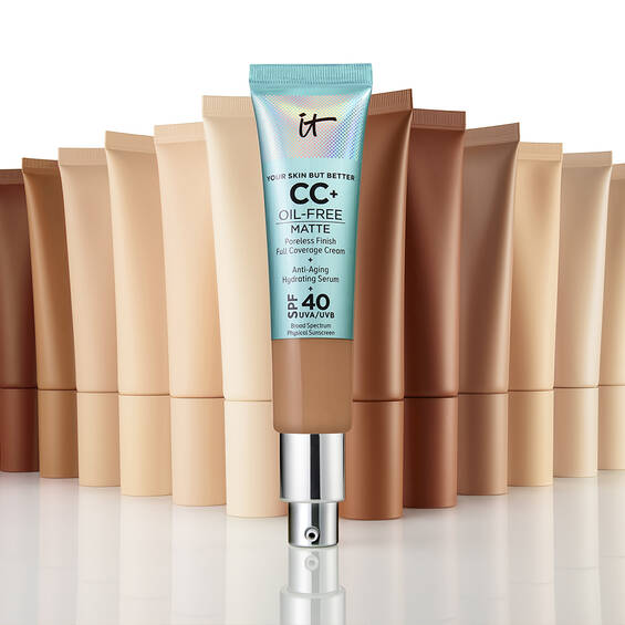 Your Skin But Better CC+ Oil-Free Matte mit LSF 40