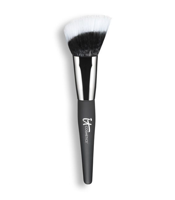 Heavenly Luxe Angled Radiance Crème Brush
